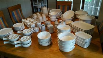 8 setting Kilnware Crockery set - 115pcs