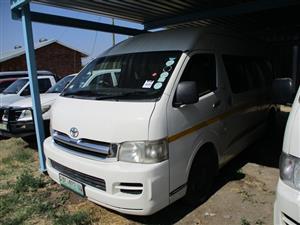 2007 Toyota Quantum 2.5D 4D GL 14 seater bus