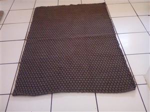 Dand new grey rope rug R1000