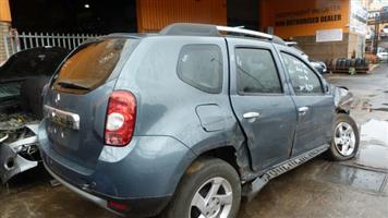 CURRENTLY STRIPPING R813 Renault Duster 1.6 Grey 2014