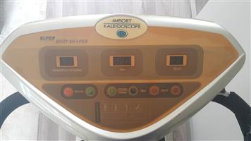 CRAZY FIT MASSAGE MACHINE / POWERPLATE