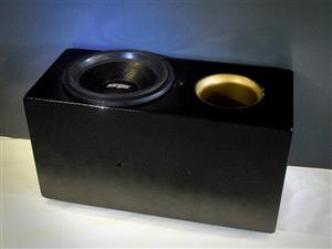 """Competition 1000W RMS 15'' Subwoofer, box and 6000W RMS BEAST ''DA BRAT"""" AMP"""