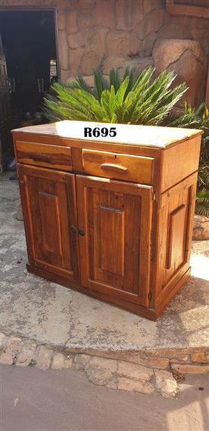 Vintage Cottage Kitchen Cabinet (1050x550x1025)