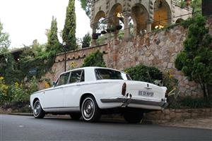 Magnificent Rolls Royce 1967 Silver shadow for rent
