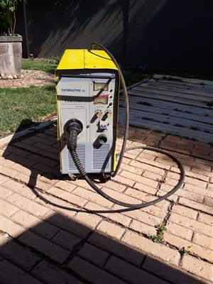 Welding machine mig 220 volt.