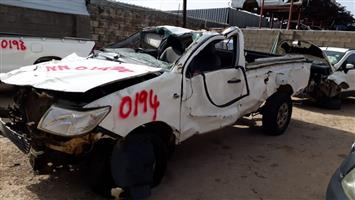 Toyota Hilux D-4D SRX RB - 2014 - Stripping for spares