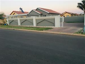 3 Bedroom house for sale in Soshanguve Block VV