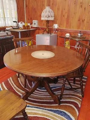 Eet kamer tafel met 4 stoele
