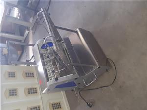 Gatto CS-Q industrial bread slicer