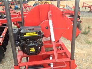 Red JBH 6.5Hp Petrol Hammermill / Hammer Meul (70039)