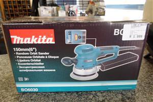 310W BO6030 Makita 150mm Orbit Sander