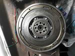 Dual mass flywheel + pressure plate