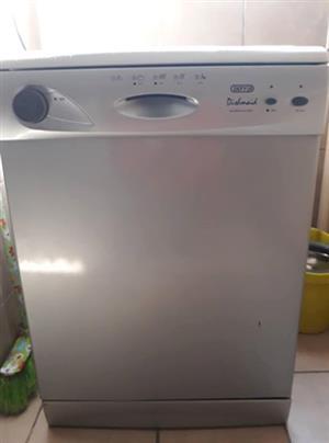 Defy dishwasher silver
