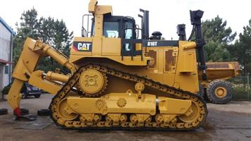2013 CAT D10T with Ripper and Blade