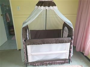 Pink & Brown Chelino Cot