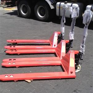 Pallet Jacks New # 3000 Kg Free Delivery in PTA and JHB