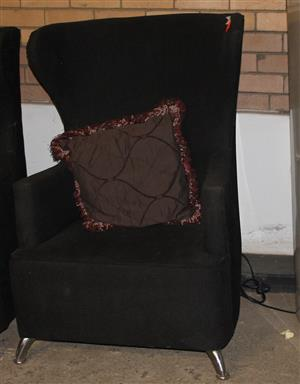 Black wing back chair S030926A #Rosettenvillepawnshop