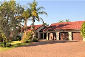 3-bedroom house To Let in Waterkloof Heights, Pretoria East.
