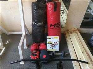Boxing bag set.