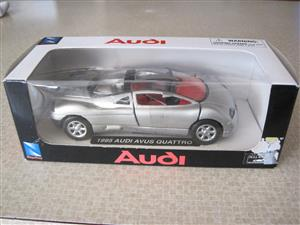 1:32 Scale Collectable Die Cast Cars