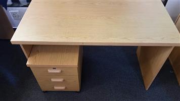 Oak study desk with mobile pedestal