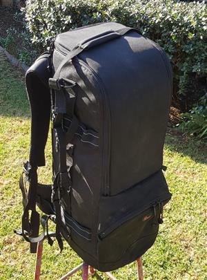 Lowepro camera bag for a 600mm lens and camera