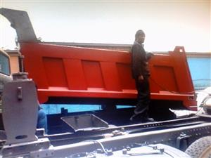 TIPPER BINS MANUFACTURES AT NEHS FOR INCREDIBLE PRICES, CALL US NOW! 0766109796