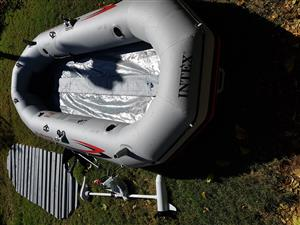 Mariner 4 inflatable boat
