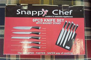 6pc.  Snappy Chef Knive Set with Magnet Stand