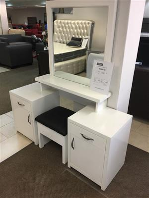 Monte-Carlo Dressing Table