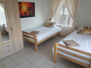 1 to 12 sleeper self catering Guest House in Durban queensburgh