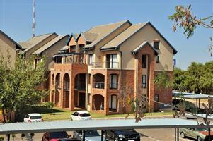 FOR SALE: 1 BEDROOM APARTMENT IN HILLTOP LOFTS, CARLSWALD, MIDRAND