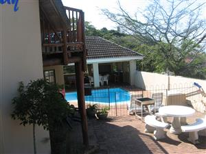 6-10 SLEEPER FROM 28 TO 2ND. JAN.  R400 per person per night.