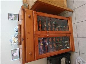 Oregan wine cabinet