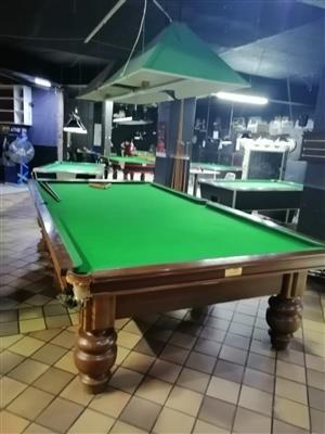 THURSTON UNION BILLIARD TABLE