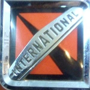 International truck badge