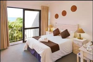 Self Catering week accommodation available @ Palm Park Margate week 13- 20 December 2019