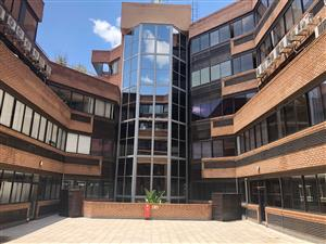1006 ON THE LAKE: AFFORDABLE, CENTRALLY LOCATED OFFICES TO LET IN CENTURION!