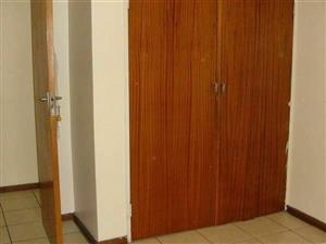 Cyrildene 1bedroomed flat to rent in secure building Rental R4500