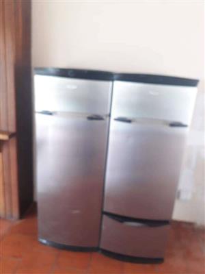 Whirlpool Fridge Freezer Double Door Good Condition R 4000 onco