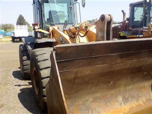 Case 821F Front loader