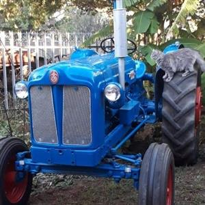 fordson power major vir R50 000 en fordson major collectors item vir R60 000