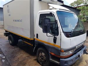 Mitsubishi Canter frige truck