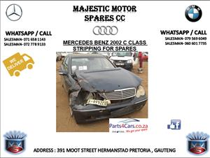 Mercedes benz 2002 c class stripping for spares