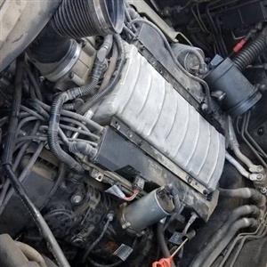Breaking N62B44 BMW Engine
