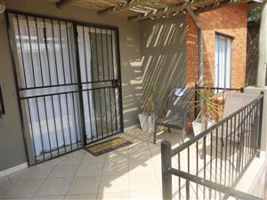 THERESAPARK 2 Bedroom, 2 Bathroom, Lock-up Garage For Sale