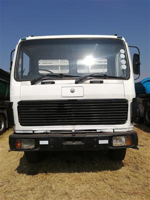 ACTROS 1998 IN VERY CONDITION....