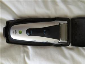 Braun 5612 electric razor