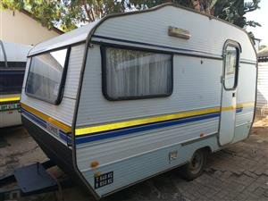 Sprite Contractors caravan for living purpouses only ,4 sleeper