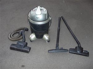 Bennett Read Hydro Advanced Vacuum